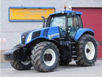 Landbouw tractor New Holland T8.390