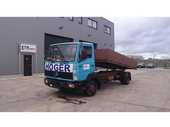 Mercedes-Benz SK 814 (STEEL SUSPENSION / MANUAL PUMP / SUSPENSION LAMES / POMPE MANUELLE) - kipper vrachtwagen